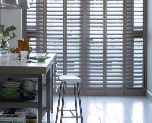 """tracked shutters kitchen"""